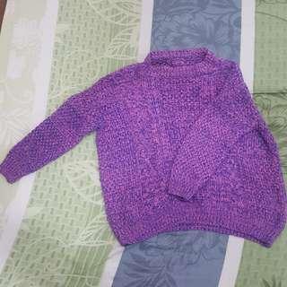 粉紫色針織上衣