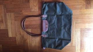 Longchamp preloved tote bag - khaki