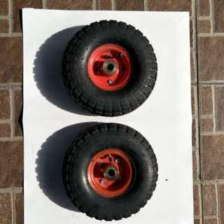 中古10吋 PU輪 風輪 打氣輪胎 手推車輪 採 用實心雙培林 耐用度高!