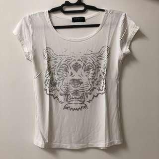 Kaos Macan Top Shop