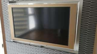 """Sony Bravia 46"""" 2008 Model (Champagne Tint) with TV mount (no stand). Hardly used."""