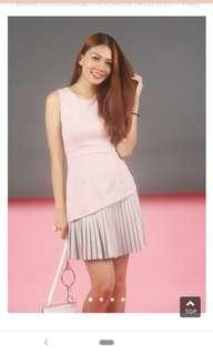 🚚 BLAIRE DUO COLOURBLOCK PLEATED DRESS (DUSTY PINK)