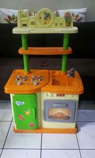 Redbox Electronic Play Kitchen