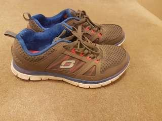Grey Sketchers running shoes (size 7)