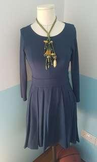 🚚 Versatile jersey dress with pocket