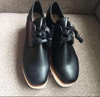 99% 新 size 39 platform 黑鞋