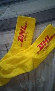 🚚 DHL 黃色襪子 特色