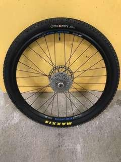 "DT SWISS ES40 26""All-mountain wheelset."