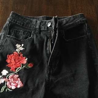H&M divided black jeans w/ flower detail
