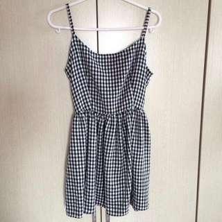 🚚 CHECKERED STRAPPED DRESS