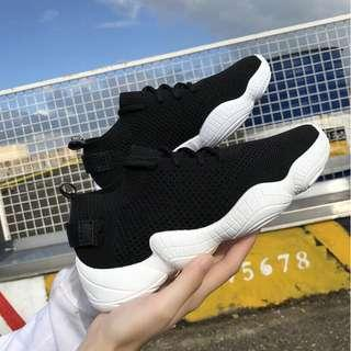 Good Quality Stretch Socks Shoes Female Flying Women's Woven Shoes Old Shoes