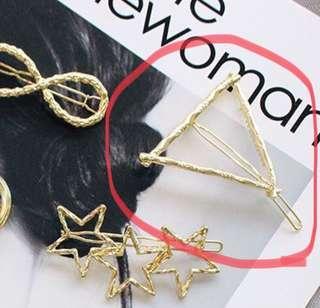 🚚 韓國 幾何圖形 三角形 金色 金屬 髮夾
