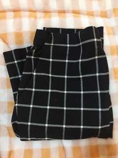 🚚 Uniqlo 格子長褲
