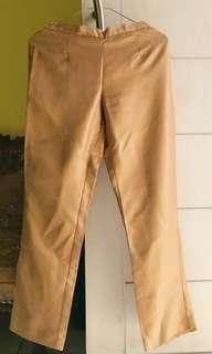 PANTS GOLD BY MINT