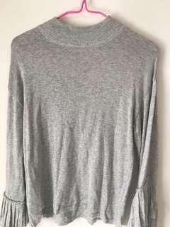 🚚 百摺袖口有個性針織上衣/灰色