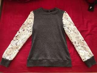 MDS Collections Laced Sleeve Top