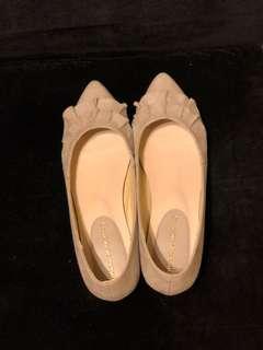 Oriental Traffic 杏色平底鞋