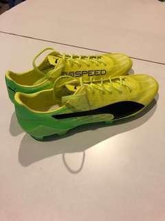 Puma evo speed soccer boots