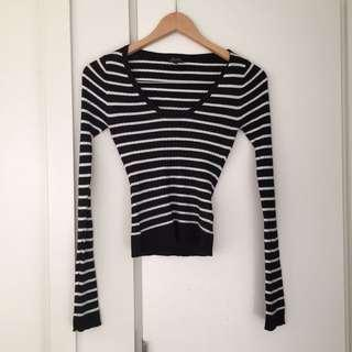 Size 6-8 Bardot sparking black and white knit top
