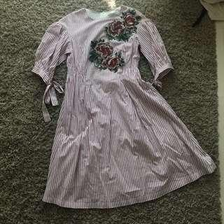 BN bysi stripes embroidered flowers dress