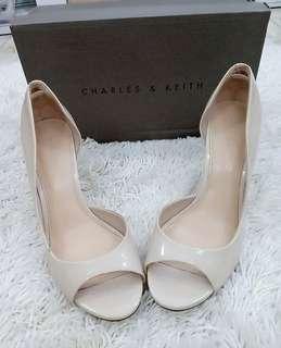 CHARLES & KEITH (heels) original