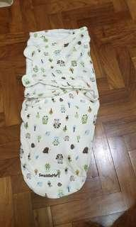 🚚 Swaddle Me for 3 to 6 months