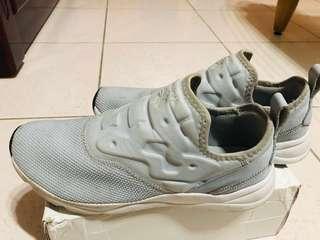 🚚 Reebok復古編織懶人鞋
