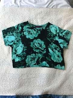 🚚 Floral black and blue Top