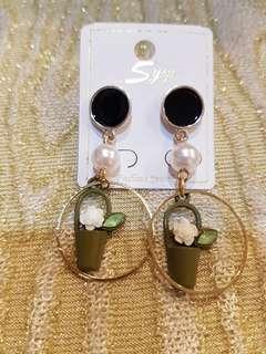 🚚 花盆珍珠造型耳環