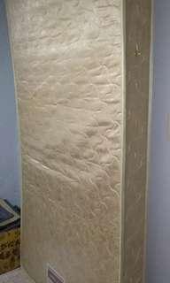 Semi double mattress
