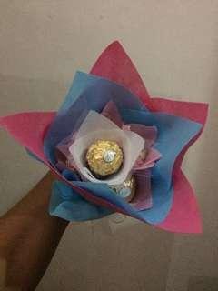 Ferrero Hand Bouquet isi 6