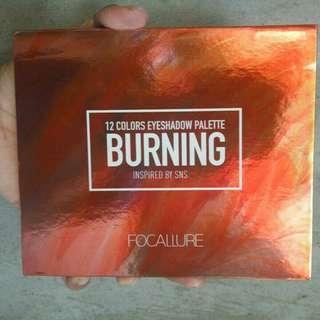 Eyeshadow burning