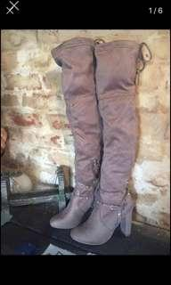 Thigh high boots grey size 10 new $50 perth