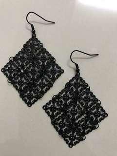 Black Link Metal Diamond Earrings #mfeb20