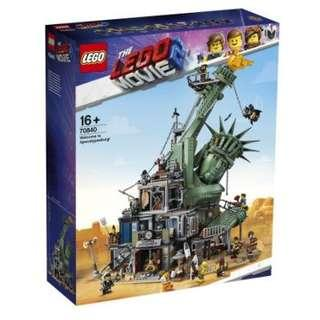 Lego Movie 2 Apocalypseburg with 6 more Figures