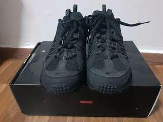 2348f1facf8 Supreme X Nike Air Humara  17(Black)