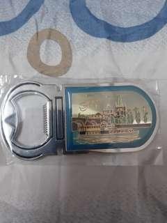Mur Mur Je: RM10 Prague Fridge Magnet + Bottle Opener