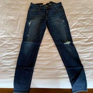🚚 全新 Abercrombie&Fitch A&F 深色 刷破 牛仔褲 直筒褲 8號 8r W29
