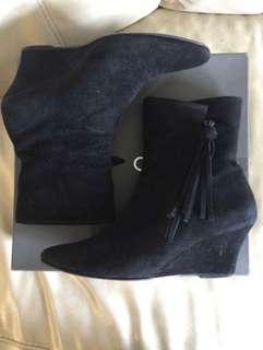 Cour Carre shoes 猄皮 鞋