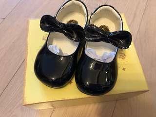 日本品牌 Catherine Cottage 返學鞋