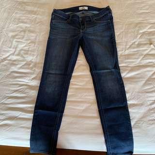 🚚 9成新 Hollister Hco 刷白 深色 牛仔褲 直筒褲 9號 9S W29
