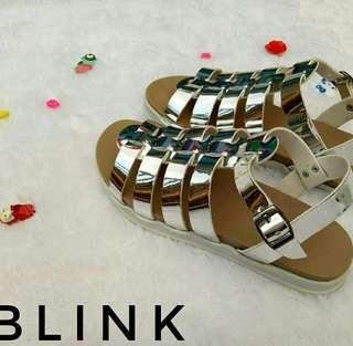 Sandal custom sahwester