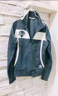 🚚 Adidas變形蟲聯名外套s
