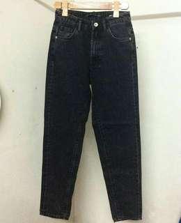 Zara Mom Jeans (Black)