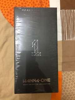 Wanna One official handy fan - White