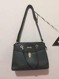 Palomino bag / hand bag / sling bag
