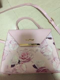 Fancy rosy bag