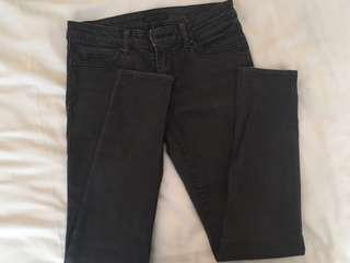 Uniqlo Ultra Stretch Skinny Tapered middle rise jeans #MakeSpaceforLove
