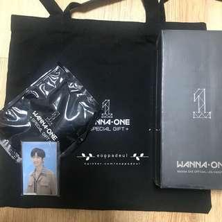 Wanna One Therefore Special Gift