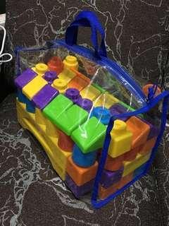 積木,購自玩具反斗城 lego 顏色 膠 Baby 小孩 創意 blocks